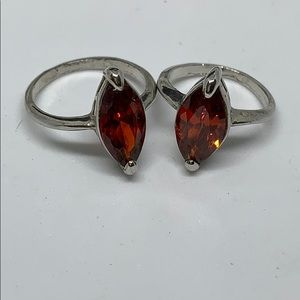 Jewelry - Silver red stone ring